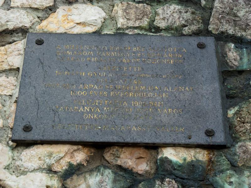 Tatabányai Turul-emlékmű